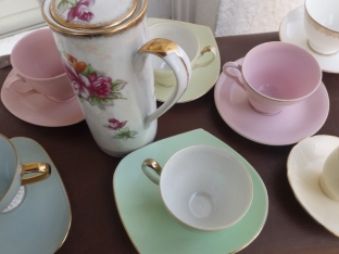 Harlequin tea sets for hire